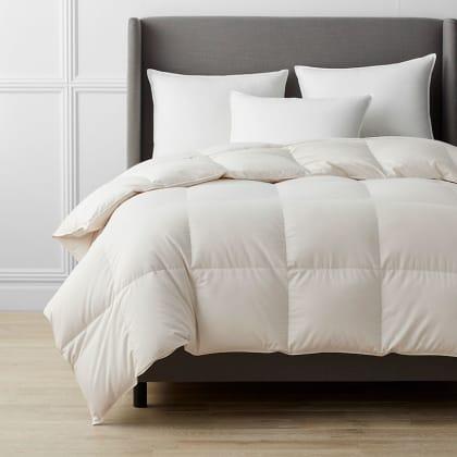 Legends Hotel™ White Bay™ Down Comforter
