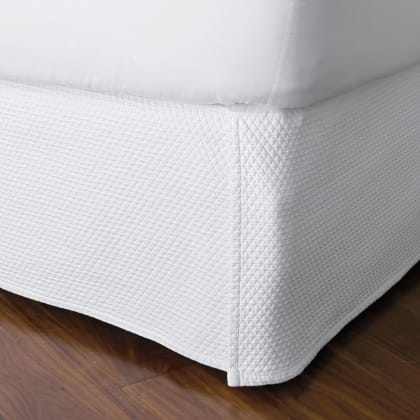 Madelyn Egyptian Cotton Matelassé 14 in. Drop Bed Skirt
