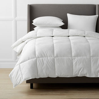 Legends Luxury™ Geneva PrimaLoft® Down Alternative Comforter
