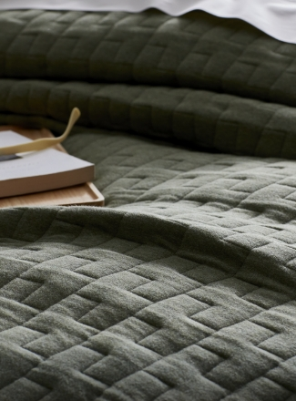 Quilt and Coverlets